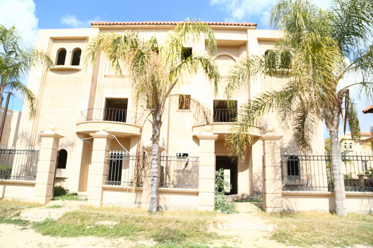 villa- for- sale- at- king- marioutt -405 -m